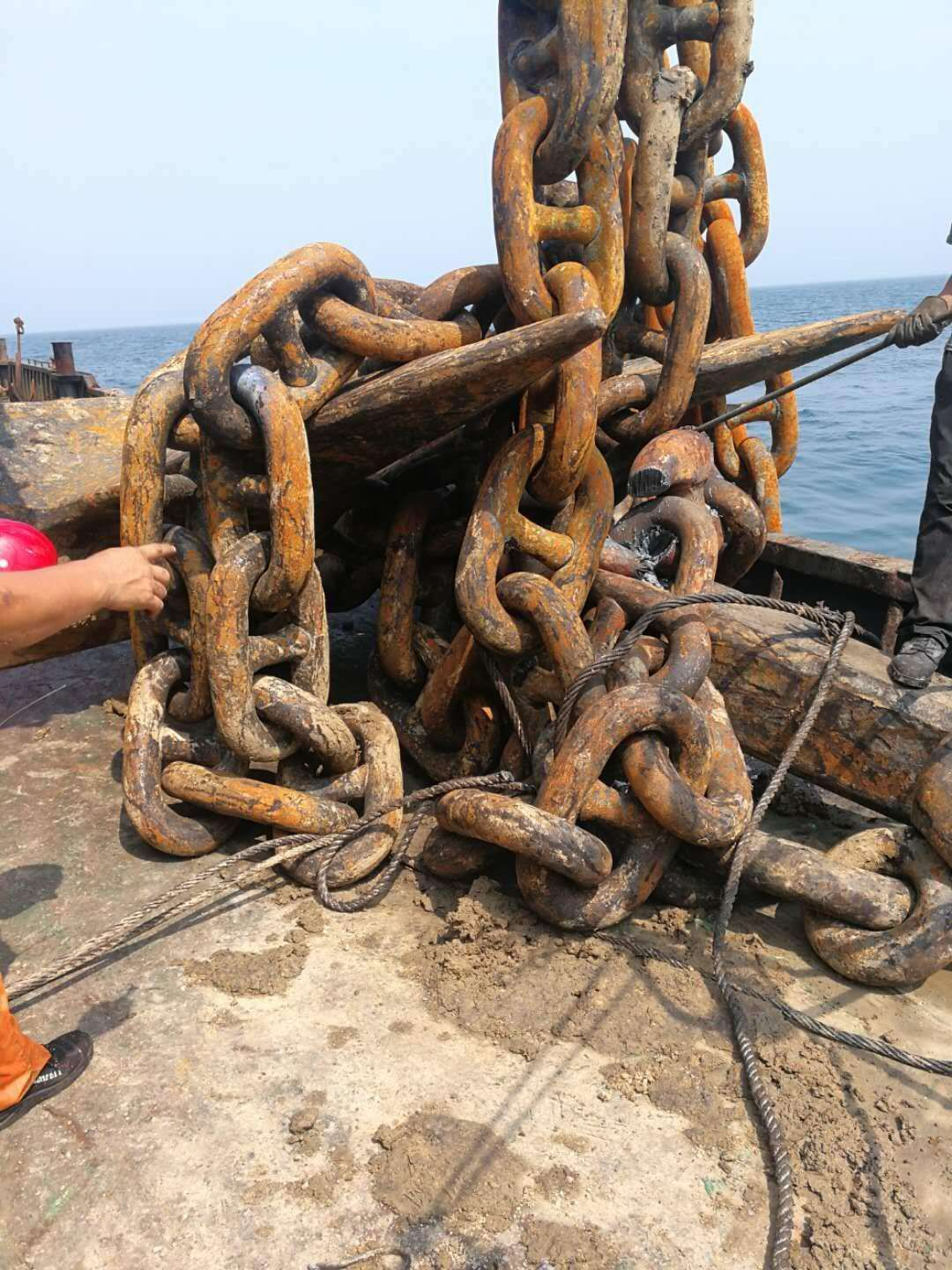 How to install the anchor chain